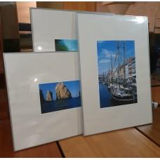 Комплект картин в рамах 70х100 см, б/у