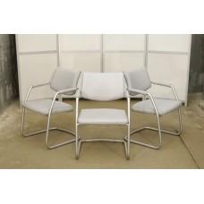 Кресло для посетителей б/у