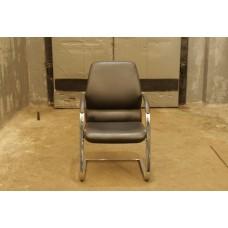 Кресло для посетителей кожа, б/у
