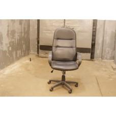 Кресло руководителя. Офисная мебель, б/у
