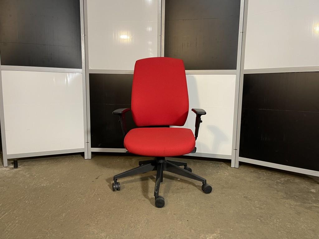 Кресло компьютерное эргономичное Las Италия