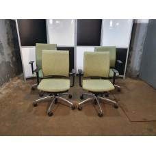 Кресло офисное б/у. КРЕСЛО-кк001
