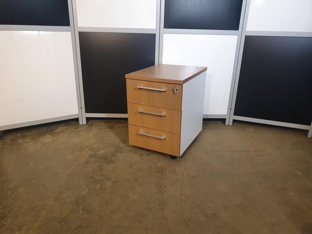 Тумба подкатная 3 ящика, Тумба-ПК021